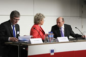 Traian Băsescu, Viviane Reding and László Andor (from right to left) - 04/04/2014 - European Roma Summit