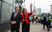 László Andor, on the left, with Joan Burton, Irish Minister for Social Protection, on the right - 20/05/2014 - Visit to Dublin