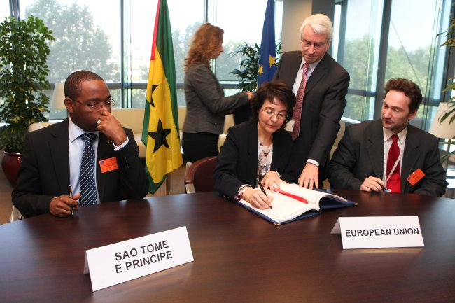 Signature of the Fisheries Partnership Agreement with São Tomé and Príncipe