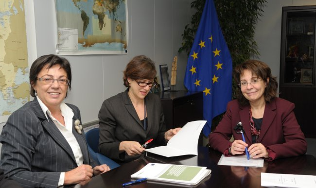 Maria Damanaki and Pilar Unzalu, Minister for Environment, Territorial Planning, Agriculture and Fisheries of the Basque Government