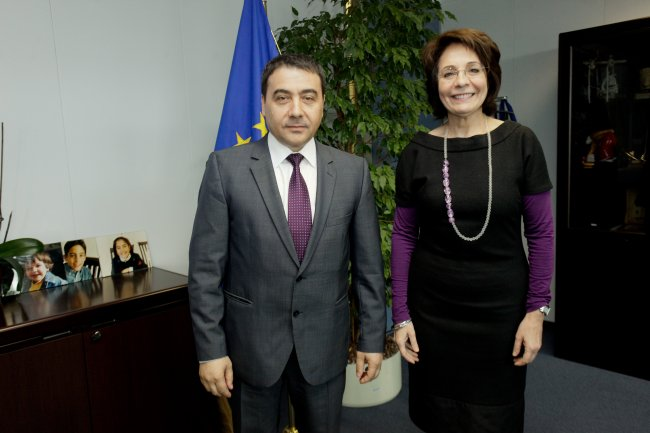 Commissioner Maria Damanaki meets Mr Mr Stelian Fuia, Romanian Minister for Agriculture and Rural Development