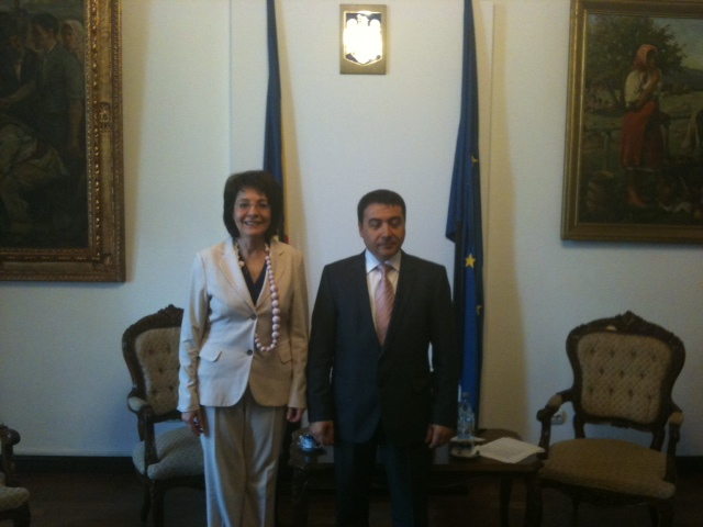 Commissioner Damanaki meets with Mr Stelian Fuia, Romanian Minister for Agriculture and Rural Development (Bucharest)