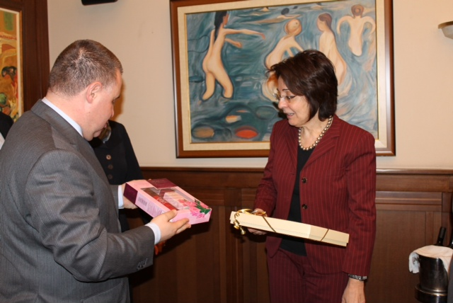 Commissioner Damanaki meets with Dr. Miroslav Naydenov, Bulgarian Minister of Agriculture and Food
