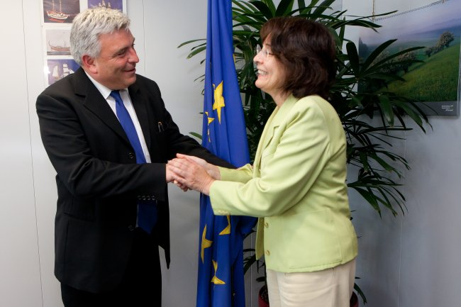 Commissioner Maria Damanaki meets with Mr Frédéric Cuvillier, French Minister for Transports and Maritime Economy