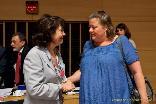 Commissioner Maria DAMANAKI with Ms. Mette GJERSKOV, Danish Minister for Food, Agriculture and Fisheries