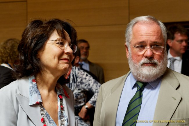 Commissioner Maria DAMANAKI with Mr Miguel ARIAS CANETE, Spanish Minister for Agriculture, Food and the Environment