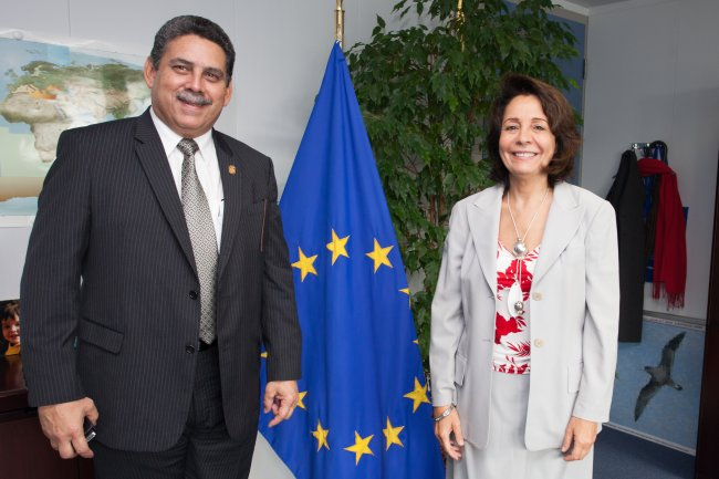 Commissioner Damanaki with Mr Oscar Osorio, Panamanian Minister for Agricultural Development