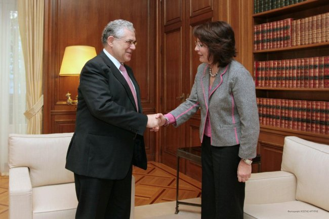 Commissioner Maria Damanaki meets the Greek Prime Minister Loukas Papademos