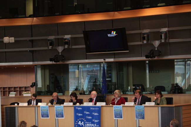 "Commissioner Damanaki and the European Parliament rapporteurs for the reform proposals at the Conference ""Shaping the future of the Common Fisheries Policy"""
