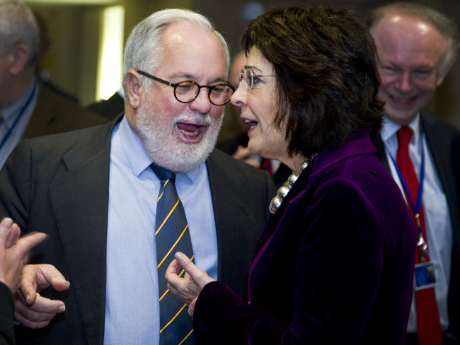 Commissioner Maria DAMANAKI with Miguel ARIAS CANETE, Spanish Minister for Agriculture, Food and the Environment