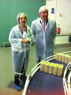 Commissioner Maria Damanaki visited the Visit to the new Cofaco factory of tuna and fish processing in Rabo de Peixe