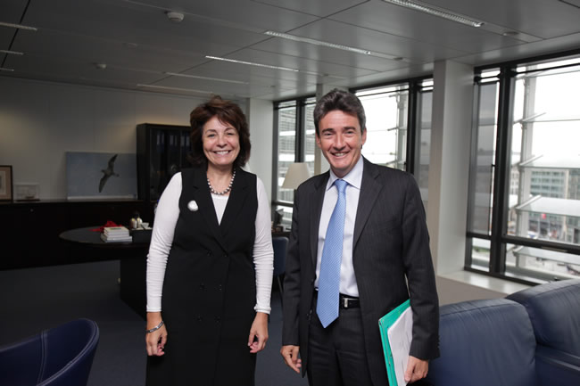 Maria Damanaki, Member of the EC in charge of Maritime Affairs and Fisheries receives Philippe de Fontaine, Vice-President of the European Investment Bank (EIB)