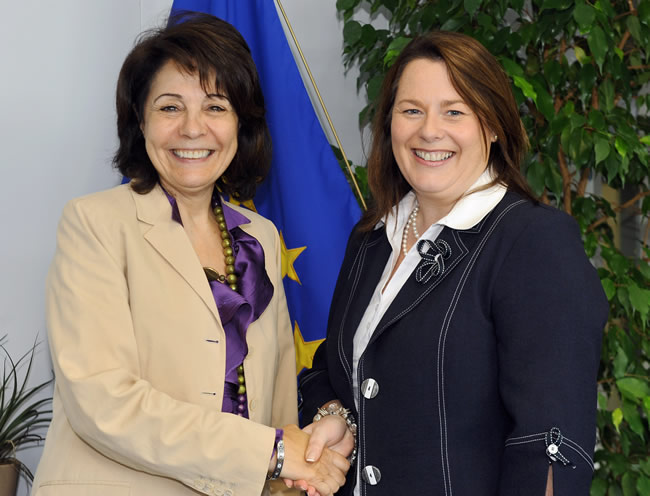 24/06/2010:  Maria Damanaki receives Mrs Michelle Gildernew, Minister for Agriculture and Rural Development of the Northern Ireland Executive