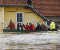 EU gives €65 million to help Serbia and Bosnia and Herzegovina with the aftermath of floods