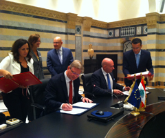 Commissioner Füle signs EU-Lebanon cooperation priorities for the coming years
