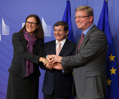 EU-Turkey: ready to sign readmission agreement