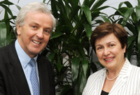 John Holmes, UN Under-Secretary-General for Humanitarian Affairs and Emergency Relief, with Commissioner Georgieva © EU