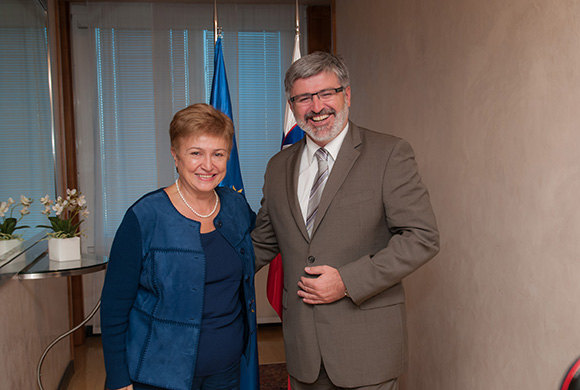Ms Kristalina GEORGIEVA meets with Mr Roman JAKIČ, Minister of Defence of the Republic of Slovenia