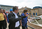 Commissioner Georgieva during her visit in flooded areas in Romania – 09/07/2010 © EU