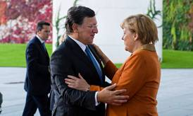 José Manuel Barroso and Angela Merkel © EU