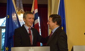 PM Stoltenberg and President Barroso © EU
