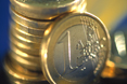 Different 1 euro coins © EU