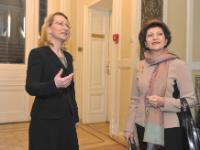 Dace Melbārde, Latvian Minister for Culture, (l) and Androulla Vassiliou (r)