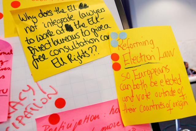 Several ideas from the Pan-European Citizens' Dialogue, noted on post-it
