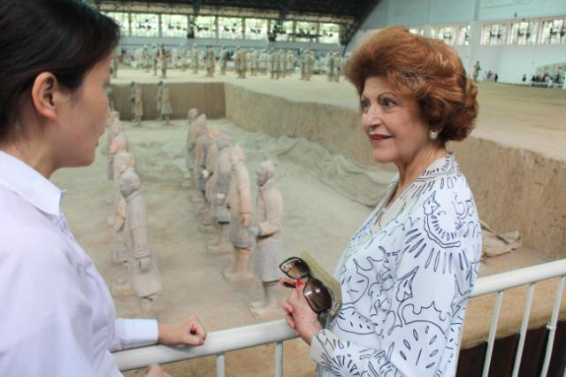 06/09/2014 - Androulla Vassiliou, on the right, visiting the Terracotta Army exhibition