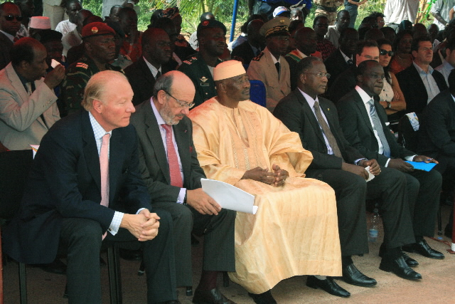 Participation of Louis Michel, Member of the EC, in the inauguration of the CIGEM