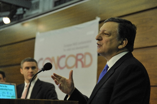 Participation of José Manuel Barroso at the NGOs' conference for development
