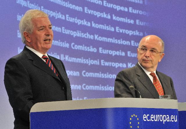 Conférence de presse conjointe de Joaquín Almunia et Charlie McCreevy, membres de la CE, sur le renforcement de la surveillance financière