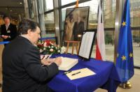 Minute of silence in memory of the Polish officials who passed away in a crash plane on 10 April in Smolensk, in Russia