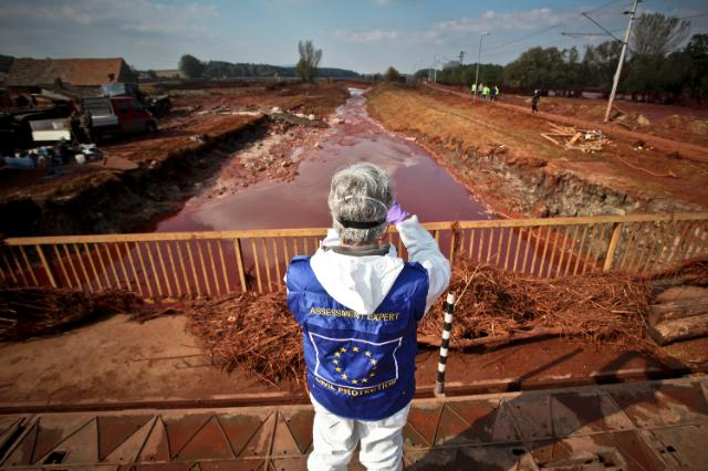 Pollution caused by the break of a sludge depository in Hungary: deployment of a European team of five experts to work on the ground