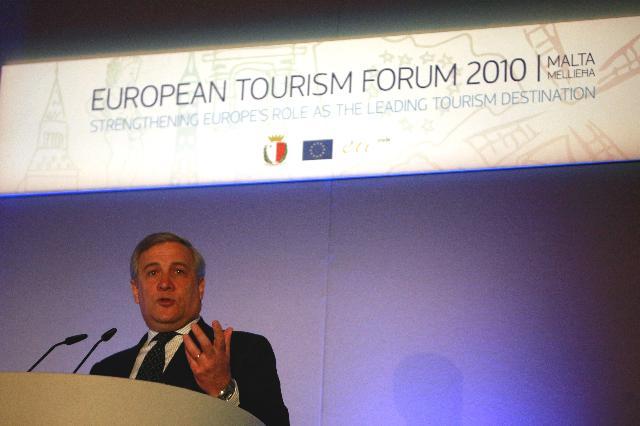 Participation d'Antonio Tajani, vice-président de la CE, au Forum européen du tourisme