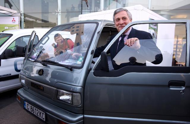 Participation d'Antonio Tajani, vice-président de la CE, à la conférence internationale Les véhicules électriques – les défis de la nouvelle mobilité, à Sofia