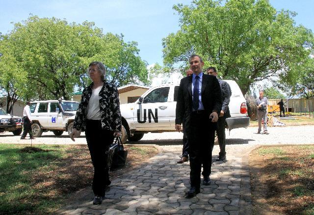 Visite d'Andris Piebalgs, membre de la CE, au Soudan et au Soudan du Sud