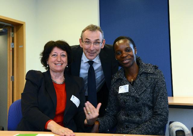 Rencontre entre Ivete Alane, secrétaire permanente mozambicaine du Ministère des Femmes et de l'Action sociale, et Andris Piebalgs, membre de la CE