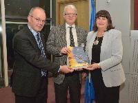 Visite à la CE d'une délégation de la Confédération irlandaise des employeurs et de PharmaChemical Ireland