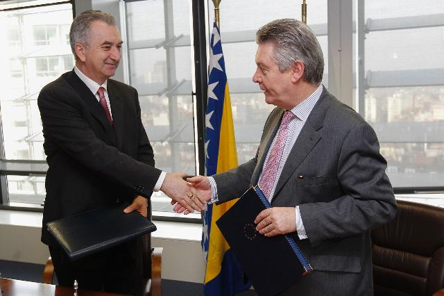 Signature of the bilateral agreement on the accession of Bosnia and Herzegovina to the WTO