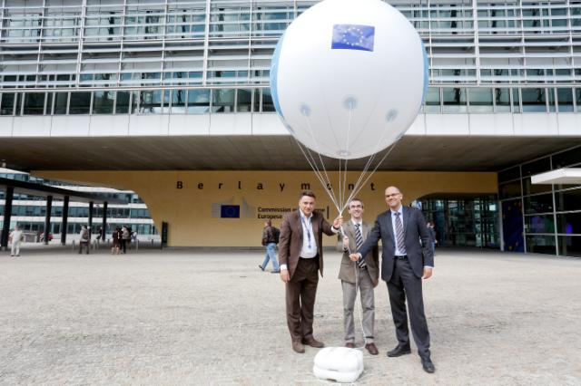 Release of the balloon for the 'The World Needs More Humanity' campaign of the United Nations OCHA