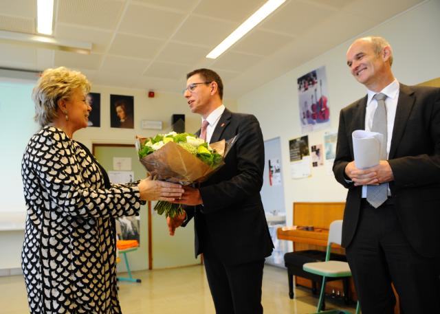 Visit of Viviane Reding, Vice-President of the EC, to the Lycée Hubert Clément in Esch-sur-Alzette
