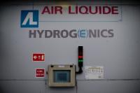 Facilities of the Air liquid  filling station for hydrogen buses