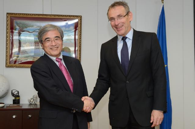 Visit of Hiroshi Kato, Director of the JICA Research Institute, to the EC