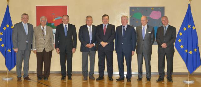 Visit of Members of the Board of the Yalta European Strategy to the EC