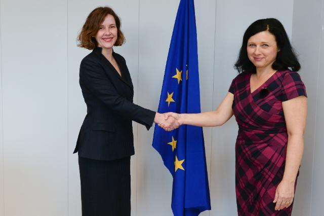 Visite de Dana Reiznice-Ozola, ministre lettonne des Affaires économiques, à la CE