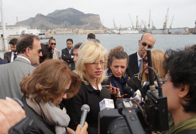 Visite de Corina Creţu, membre de la CE, en Italie
