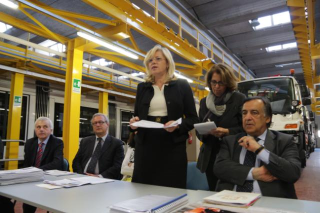 Visit of Corina Creţu, Member of the EC, to Italy