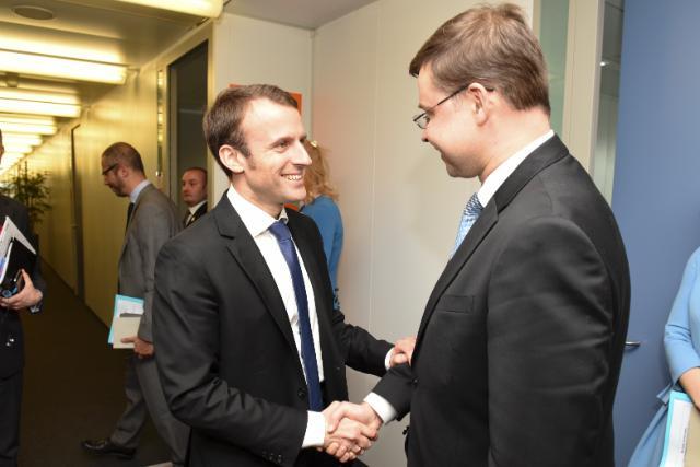Visite d'Emmanuel Macron, ministre français de l'Économie, de l'Industrie et du Numérique, à la CE