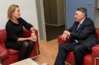 Visite de Edgardo Riveros, sous-secrétaire d'Etat chilien aux Affaires étrangères, à la CE